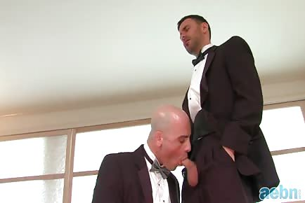 Groom fucks his best man