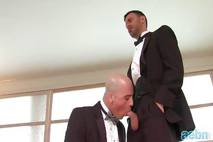 Groom fucks his best man