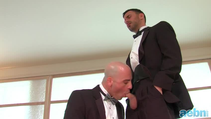 Fuck the groom i want everyone else