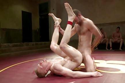 Naked Kombat: Clayton Pile Driver Kent VS Rob The Blitz Yaeger