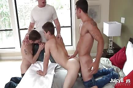 Johnny Rapid Goes Bareback 4 FULL