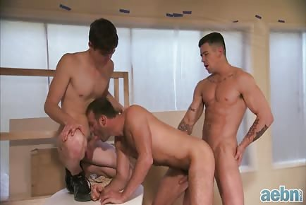 Muscle Stud Finder 3some