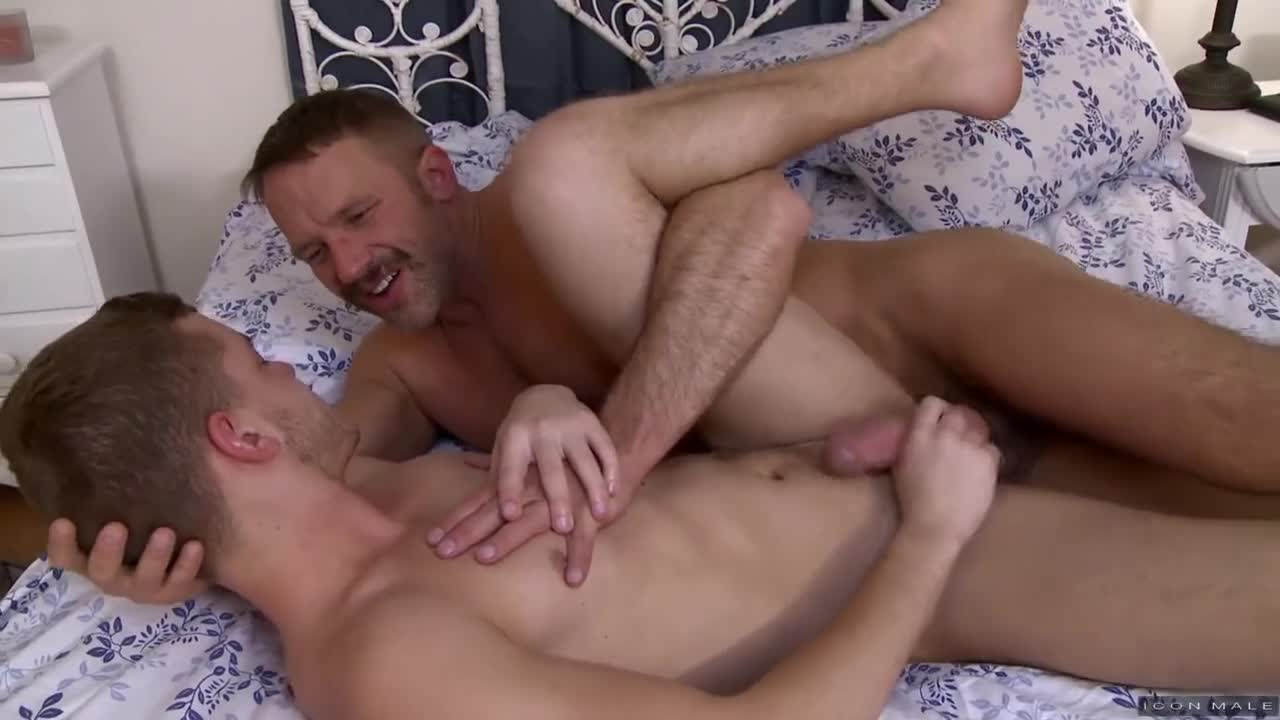 Fucking male sleep gay bi boy armando takes 6