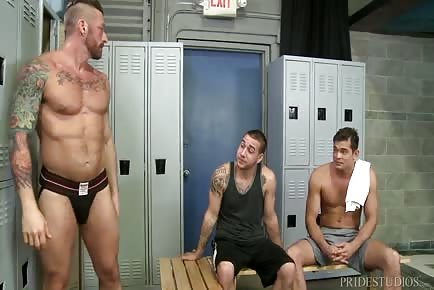 Locker room hunks really need that huge cock