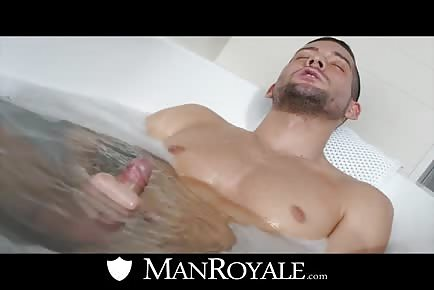 Hot Male Billy Santoro Joins The Tub Fun
