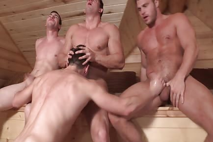 Super Hunks Warming Up In Cabin 1080p