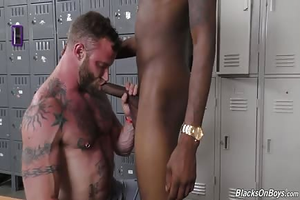 Derek Parker taking monster black uncut cock in 60fps HD