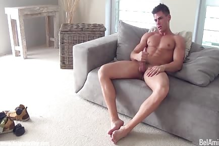 Perfect body hunk jerks off and cums