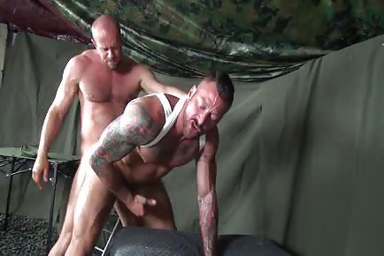 Grunting hardcore soldiers bareback