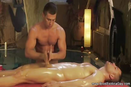 Gay erotic massage course for relaxation