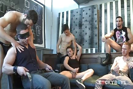 Group Orgy With Hunks Giving Double Blowjob And Taking Cocks