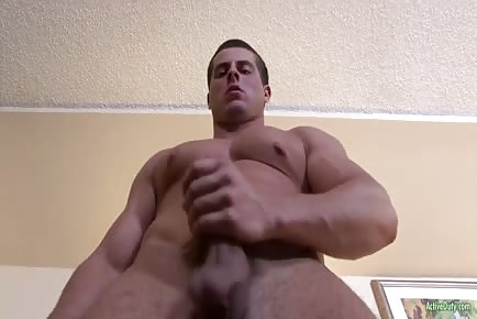 Army Jock Solo Masturbates And Cums Hard On His Belly