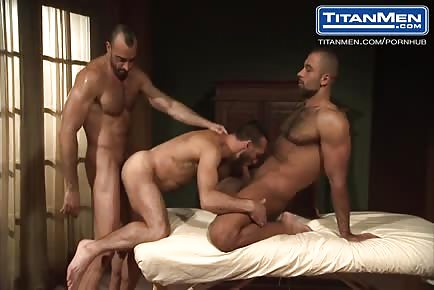 Hairy Muscle Daddies In Threesome Sandwich