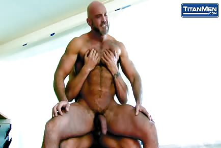 Hairy Daddy Buttfucked  Hardcore By Young Bearded Bull