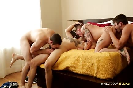 Four Football Jocks Rimming And Pounding In Group Orgy