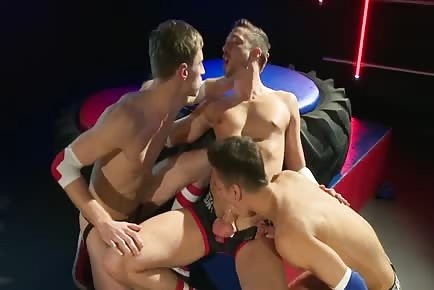 3way Fucking With Ripped Jocks And Double Anal Penetration
