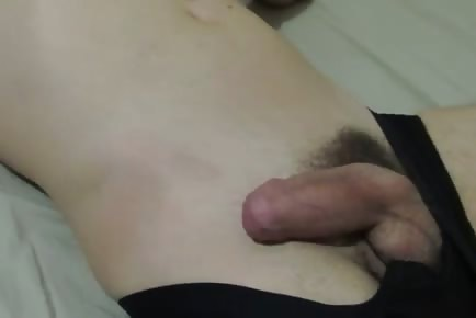 Drunk straight sleeping dude gets dick pulled out