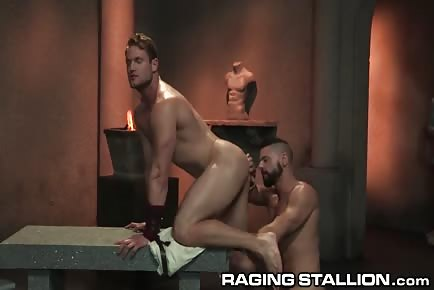 Smelly wet muscular Romans rimjob and threesome