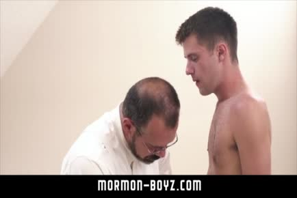 Max Sargent raw fucks young twink during ritual MORMON-BOYZ.COM