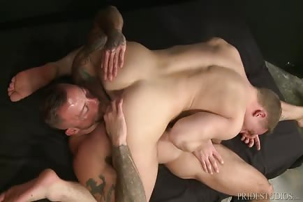 Muscle dude fucks jock's ass for first time