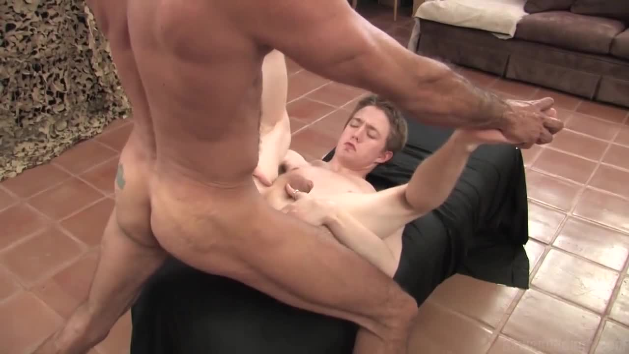 Tim Skyler porno gay