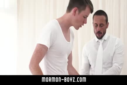 Sexy dad bangs boy's tight ass raw MORMON-BOYZ.COM