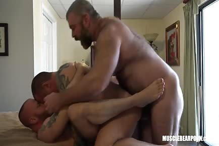 Hardcore RAW Threesome With Muscular Hairy Bears