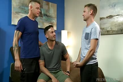 Hardcore Threesome With Horny Hunks And Mighty Cocks