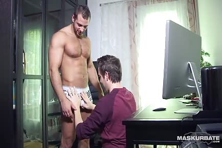 Hairy Ripped Gay Gets His Cock Sucked Off At Office