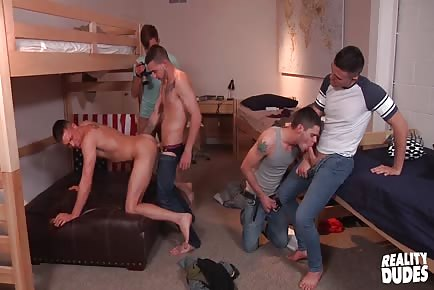 Huge Cock Sucking And Riding Orgy In Dorm Room