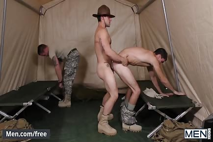 Sergeant Gets Drilled And Covered With Sperm In 3some