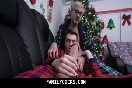 Daddy spending quality Holiday family time with son-FAMILYCOCKS.COM