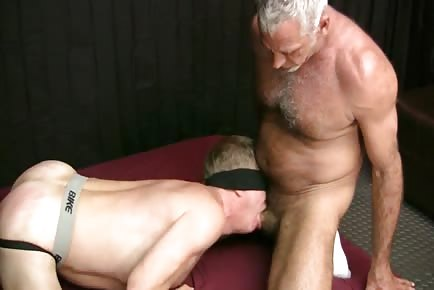 Bareback hairy daddies HD