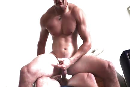 Jarod Spear Fucks Max Summerfield