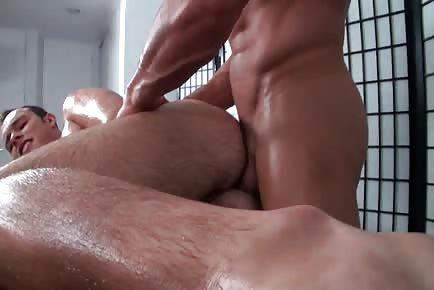 Massage Bait Oily Throat Fuck